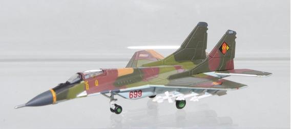 Miniatura Mig 29 Em Escala 1/200 Da Herpa Wings