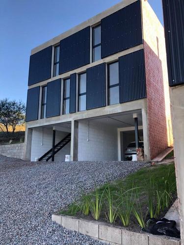 Venta Duplex De Categoría En Cuesta Colorada - Cordoba