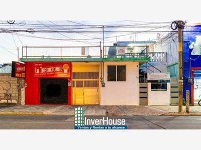 Departamento En Renta Habitacion Amueblada En Renta En Av. Flores Magon.