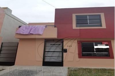 Casas En Venta En Villas De La Hacienda, Juárez