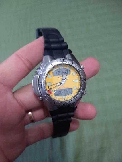 Relógio Citizen Jp1060 Fundo Amarelo