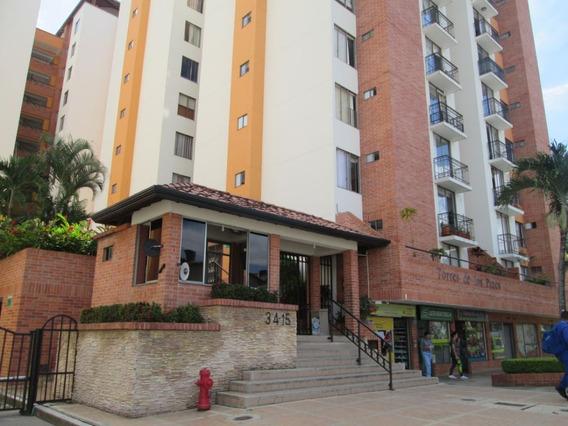 Apartamento En Arriendo Los Pinos 702-4590