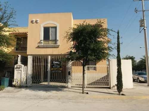 Casa En Venta En Paraje Santa Rosa En Apodaca Nuevo Leon