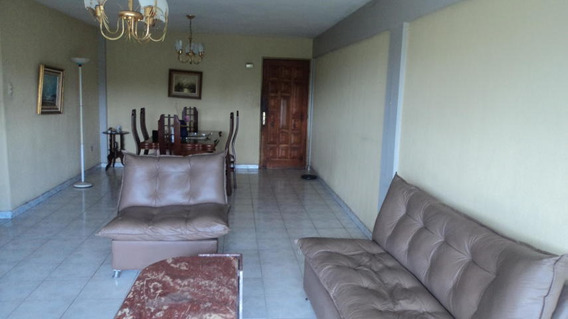En Venta Apartamento Barquisimeto 20-2155