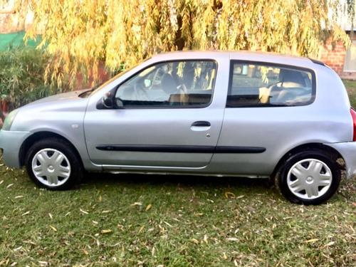Imagen 1 de 15 de Renault Clio 1.2 2006
