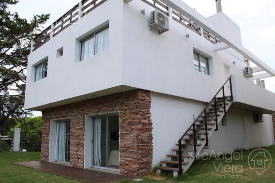 Departamento De 3 Dormitorios En Alquiler Anual En Punta Del Este, Pinares