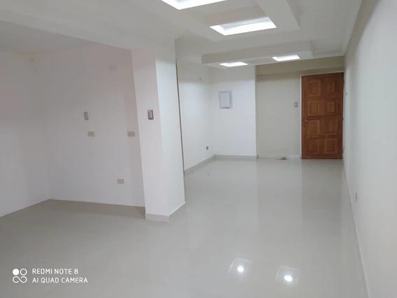 Moderno Apartamento El Bosque 04243573497