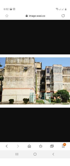 Venta Amplio Apartamento En Urb Girardot 04243725877