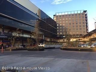 Local Comercial En Renta En Centro, Queretaro, Rah-mx-19-694