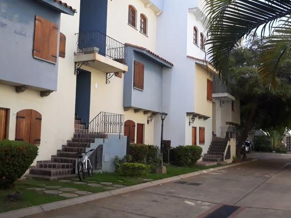 Mariaestela Boada Vende Apartamento Pueblo Viejo.