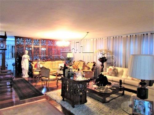 Imagem 1 de 15 de Apartamento - Centro - Ref: 10683 - V-10683