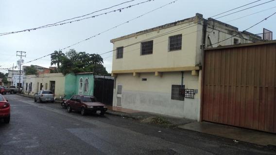Apartamento En Alquiler Zona Oeste Rhb19-12351