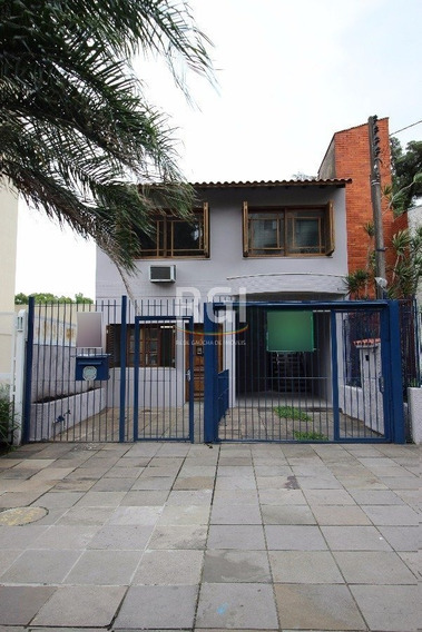 Casa Em Petrópolis Com 3 Dormitórios - Li50877925