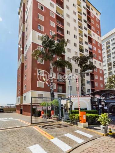 Apartamento Perto Da Lagoa Do Taquaral Com 3 Dormitórios - Ap00898 - 68211223
