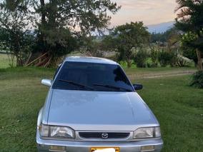 Mazda 323 2004 Cupé