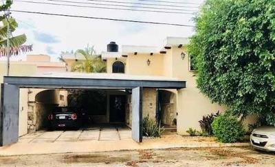 Casa De 4 Recámaras En Villas La Hacienda