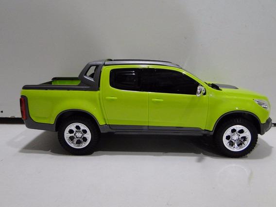 Veiculo S10 Brinquedo 2017 Pickup Caçamba Pneu Borracha 31cm