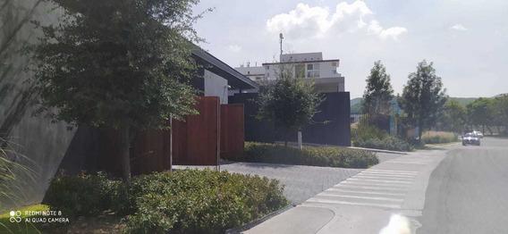 Departamento Nuevo Amueblado Alegra Towers Juriquilla 1 Hab.