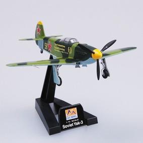 Avião Yak-3 Eastern Russia 1945 - 37227 - Easy Model