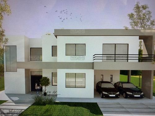 Imagen 1 de 18 de Casa  En Venta Ubicado En Los Berros Ii, Bella Vista, San Migiel, Zona Norte