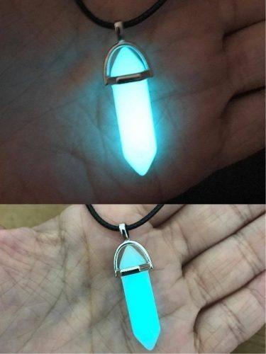 Colar + Pingente Pedra Hexagonal Brilha No Escuro