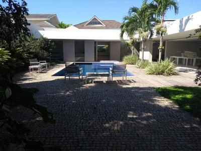 Casa Para Locação Anual No Barra Da Tijuca Em Rio De Janeiro - 000718