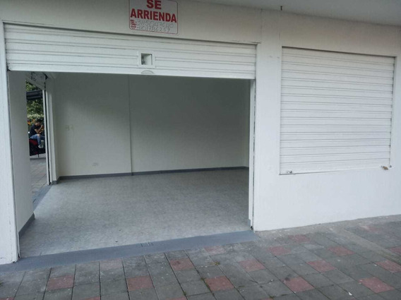 Se Arrienda Local Comercial Avenida 40- Frente A Llanocentro