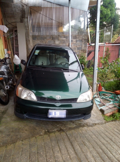 Toyota Yaris Echo