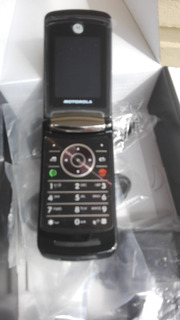 Celular V9 Motorola En Caja Libre