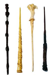 Varita De Harry Potter, Núcleo De Metal Y Estuche Con Vidrio