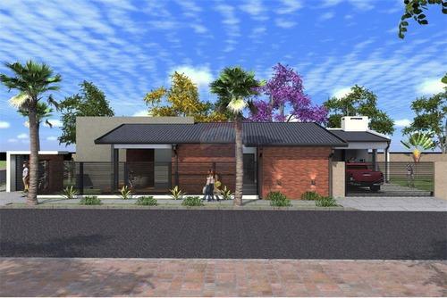 Vendo Casa Unifamiliar: 2 Habitaciones Y 2 Baños.