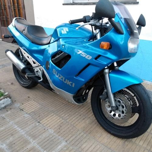 Suzuki  1992