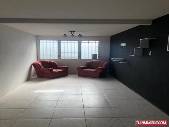 Apartamento Piso 3 Urbanización Gran Mariscal De Ayacucho