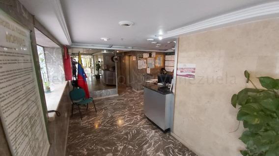 !! 20-8898 Edificio En Venta