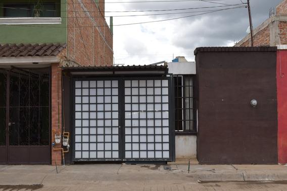 Se Vende Casa En Av. Barones (avenida Principal)