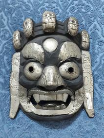 Mascara Antiga Madeira E Metal. Anuncio Com 9 Fotos