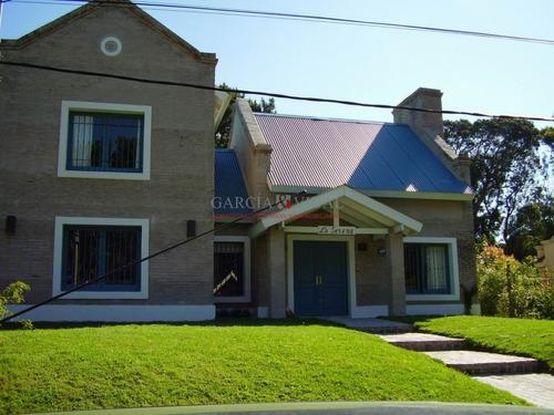 Venta De Casa 4 Dormitorios En Rincon Del Indio, Punta Del Este- Ref: 2385