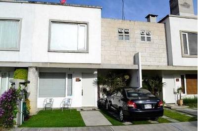 Casa En Renta En Valle De Los Encinos, Lerma, Facil Salida