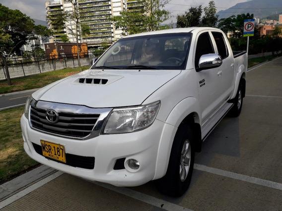 Toyota Hilux Vigo Mt 3000 Cc Diésel 4x4 Mecanica M.2013