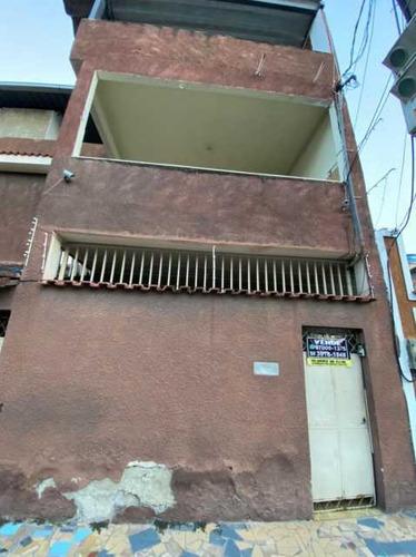 Excelente Casa Casa De Dois Quartos Localizada Em Vila Emil!! - Sica20043