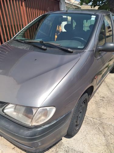 Imagem 1 de 4 de Renault Scenic 2001 1.6 16v Rxe 5p