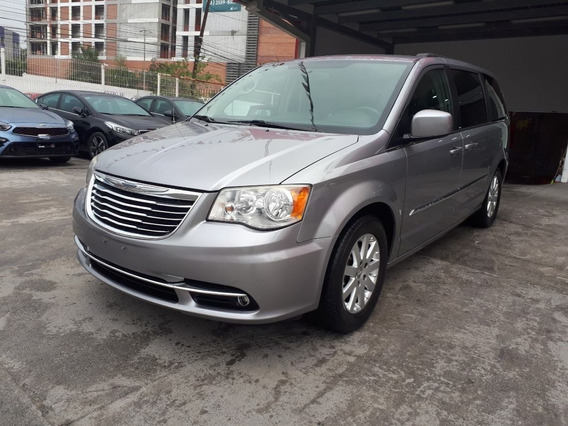 Chrysler Town & Country 2013 3.6 Touring At