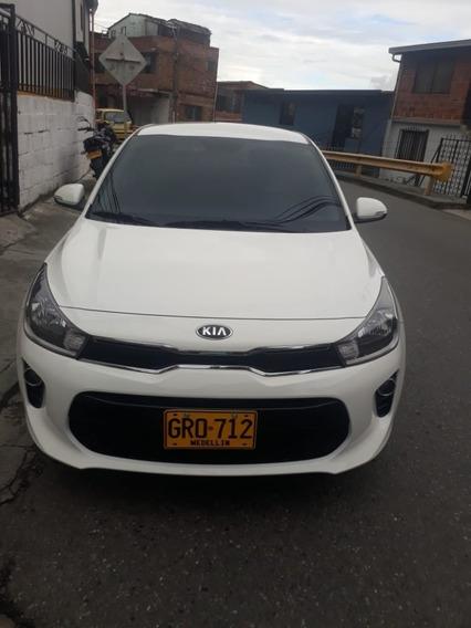 Kia Rio Mecanico 4x2 Gasolina 1400cc