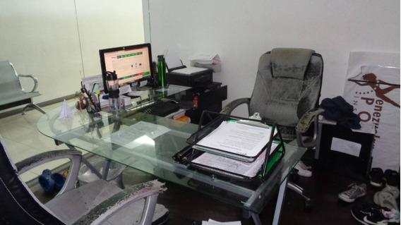 Oficina En Venta, Los Dos Caminos, 101 Mts, 21435