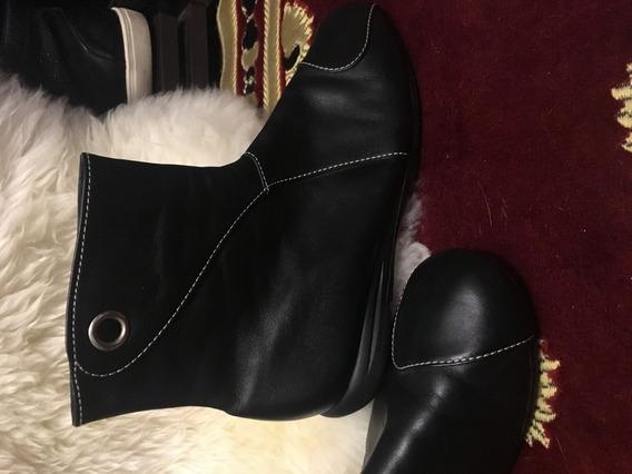 Botas De Cuero Negro Bajas Pespunte Blanco