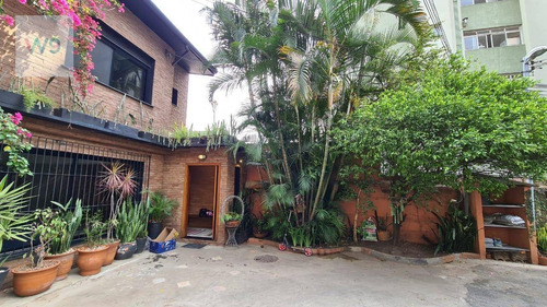 Casa De Vila  À Venda, 200 M² Por R$ 2.900.000 - Vila Olímpia - São Paulo/sp - So0023