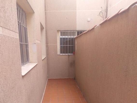 Apartamentos - 2 Dormitórios - 475