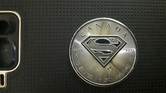 Moneda Coleccionable Superman De Plata 0.9999