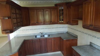 Casa Lucerna Vista Hermosa 4 Hab. 320 Metros Rd$ 8.0 Neg.