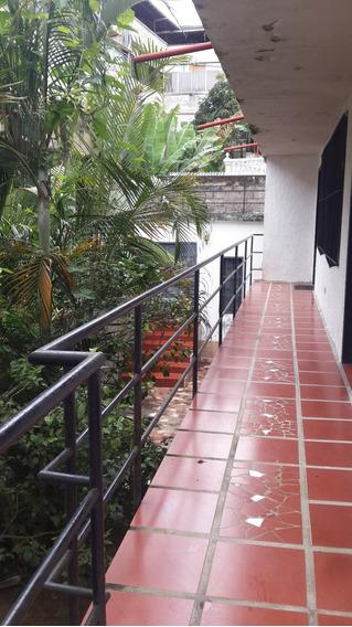 En El Hatillo, Alquilo Anexo, 1 Hab. 1 Baño